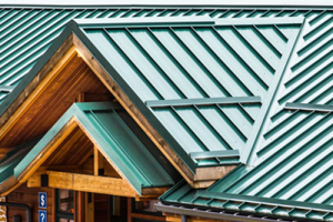 Metal roof contractor Northwest Roof Tech, Inc. in Portland OR and Gresham OR